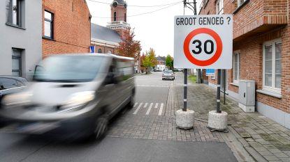 Grote snelheidsborden moeten discussie over zichtbaarheid in de kiem smoren