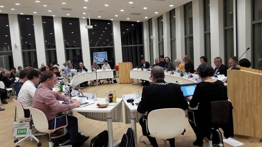 De gemeenteraad van Wageningen slaagde er maandagavond niet om in om een besluit te nemen over bouw op en rond het Olympiaplein. Wordt vervolgd na de verkiezingen.