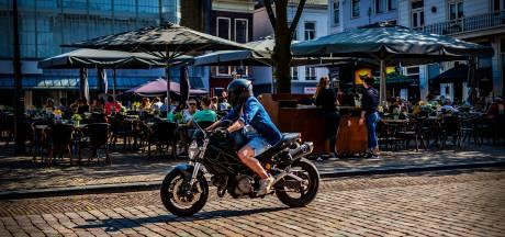 'Lawaaiflitsers' moeten knallende uitlaten en piepende banden tegengaan in Dordrecht