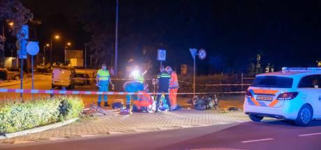Baarnse scooterrijder (55) slaat over de kop en komt om het leven