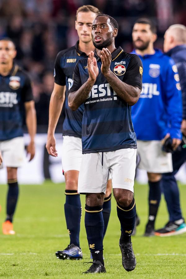 Vurnon Anita, die tegen PSV zijn eerste speelminuten maakte, komt niet in actie voor Willem II 2 in de uitwedstrijd tegen RKC Waalwijk 2.