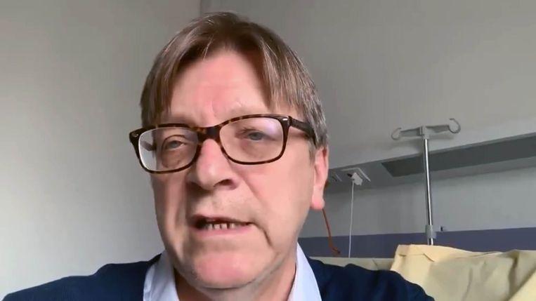 Guy Verhofstadt in het ziekenhuis in Parijs.