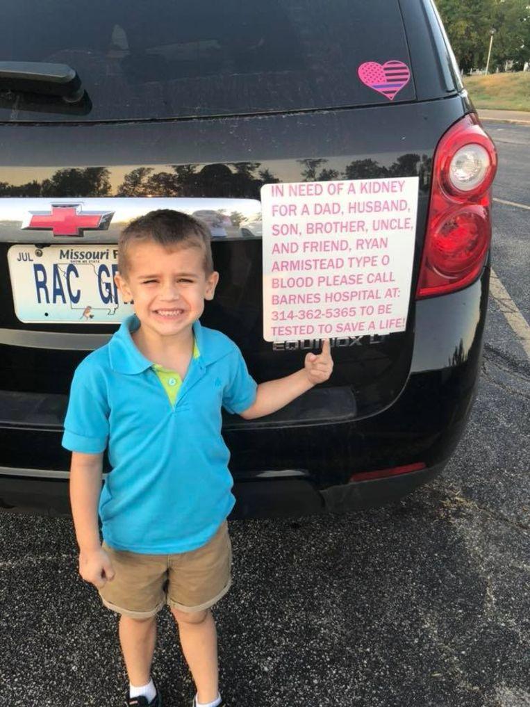 Jessica Armistead probeerde via sociale media een donor te vinden voor haar echtgenoot. Ook hun zoontje Gregory voerde mee campagne.