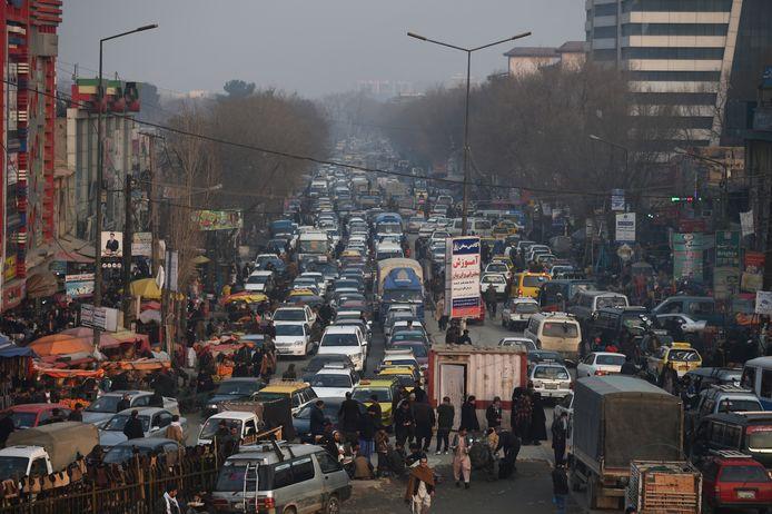 Verkeer in de Afghaanse hoofdstad Kabul.