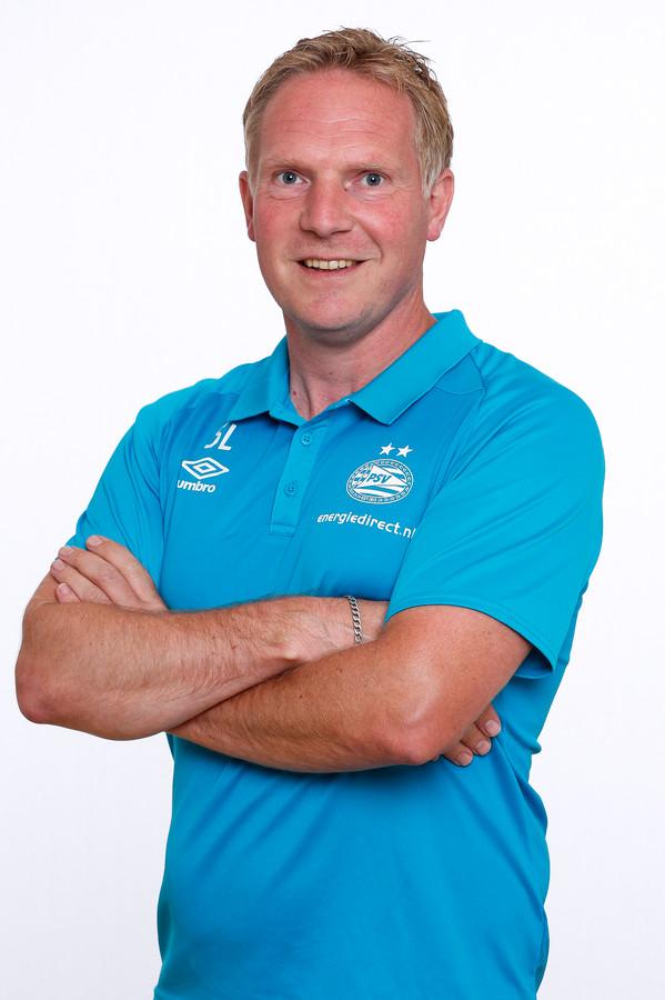 Sander Luiten debuteert als coach van PSV met een nederlaag.