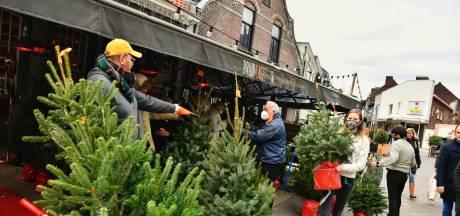 Over een andere boeg: Tilburgs café verkoopt kerstbomen in plaats van kopstootjes en karmeliet