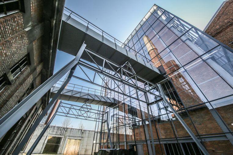 In voormalige elektriciteitscentrale Transfo in Zwevegem werd het gerestaureerde ketelgebouw vrijdagmorgen plechtig geopend.