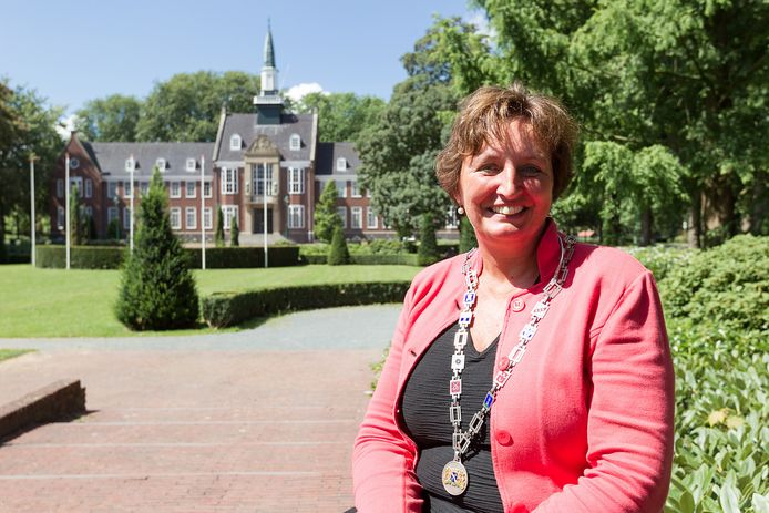Liesbeth Spies, burgemeester van Alphen.
