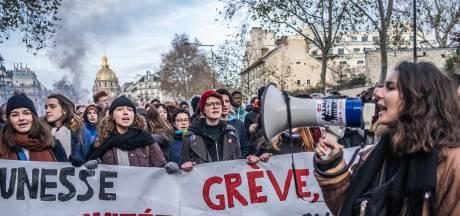 Frankrijk gaat zijn vaak luxueuze pensioenen versoberen
