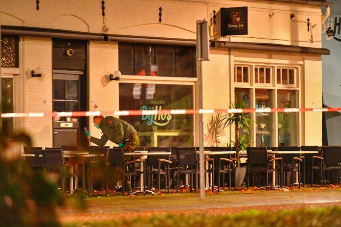 Bij restaurant Bij Hos is een explosief gevonden. De EOD heeft het onklaar gemaakt en weggebracht.