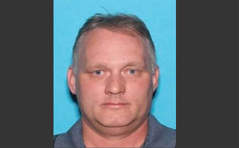 De openbaar aanklager wil de doodstraf voor schutter Robert Bowers.