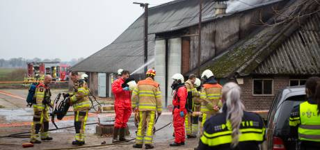 Mogelijk asbest vrijgekomen bij stalbrand in Radewijk