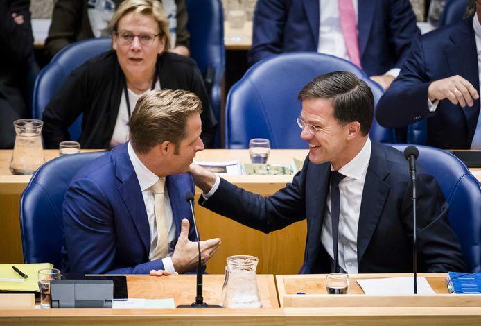 Rutte en zijn eerste vicepremier, CDA'er Hugo de Jonge, voor het eerst samen in vak K