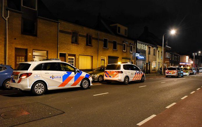 Bij het incident aan de Bredaseweg raakte een man gewond.