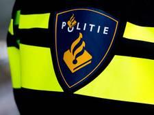Politie met spoed op zoek naar tasjesdief op scooter in Westervoort