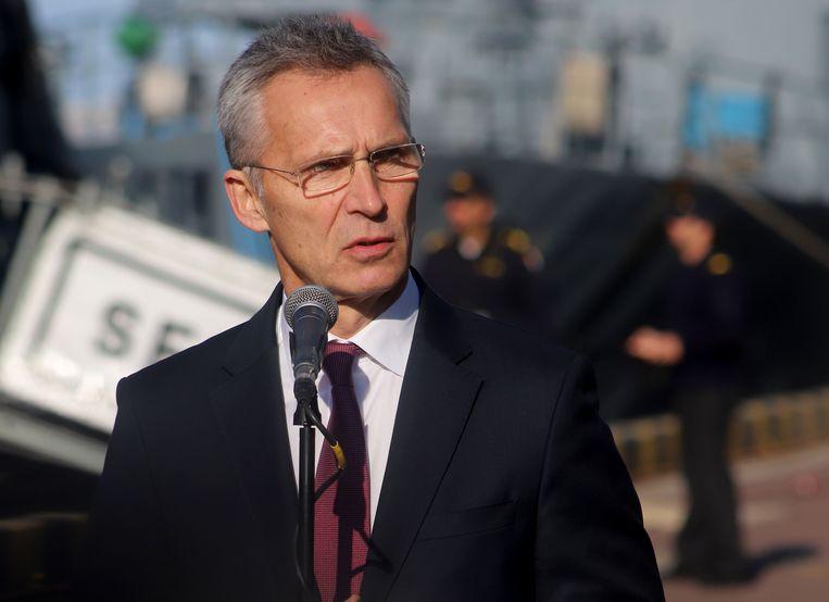 De secretaris-generaal van de NAVO, Jens Stoltenberg, spreekt de pers toe in Odessa.