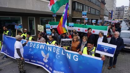 Moslims, holebi's... Iedereen stapt voor vrede