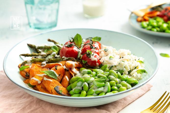 Regenboog-saladebowl