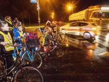 Fietsers bij Haarle moeten wachten op veilige oversteek van N35: 'We kunnen niet blijven uitstellen'