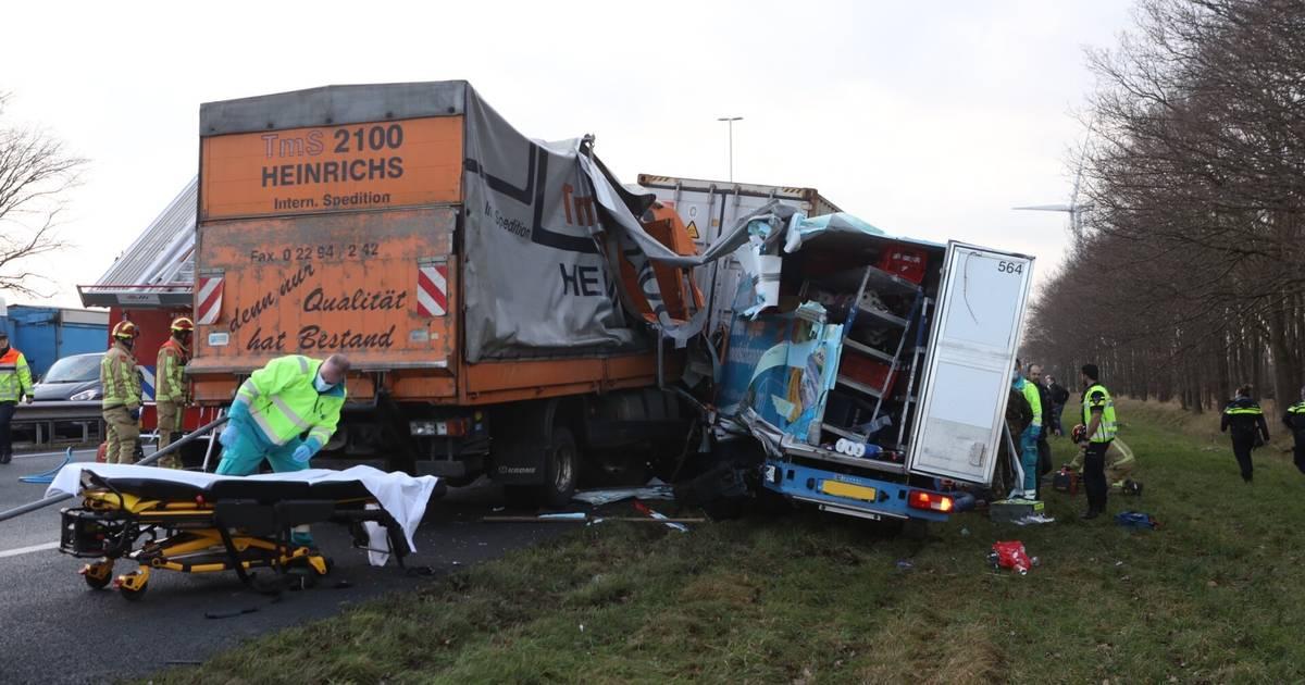 Ernstig ongeluk op A58 bij Oirschot, weg waarschijnlijk nog uren dicht.