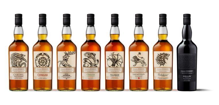De dieven gingen onder meer lopen met veertien flessen whiskey.