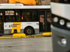 Lijnchauffeurs voeren actie aan stelplaats Zurenborg