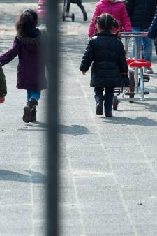 Kamermeerderheid kinderpardon: 'Stop dus nu al met uitzettingen'