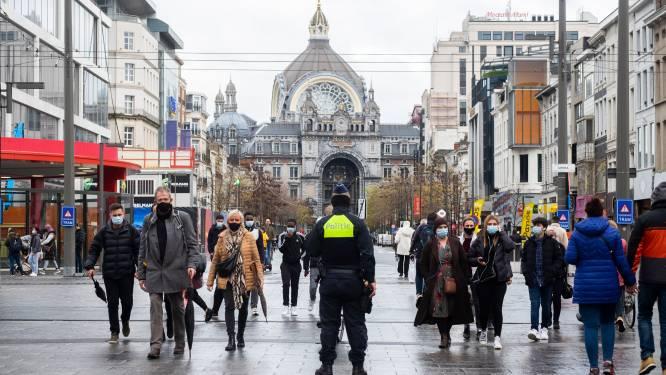 """Vandenbroucke: """"Als burgemeesters afstand niet kunnen garanderen, gaan koopzondagen niet door"""""""