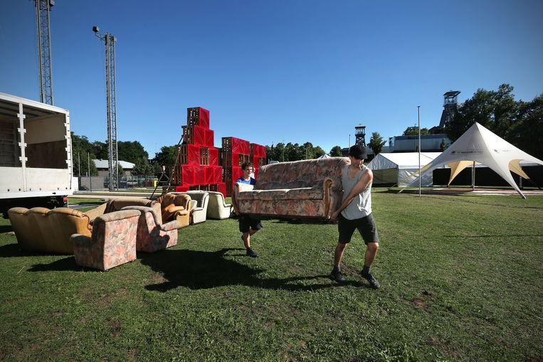 Opbouw van het Absolutely Free Festival.