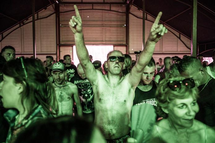 Beeld van het Hardshock Festival in Hellendoorn