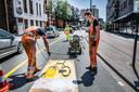 In Tilburg zijn stukken van de stadsring enkelbaans gemaakt om fietsers en voetgangers meer ruimte te geven als 1 juni de coronamaatregelen worden versoepeld.