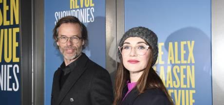 Carice van Houten voor eerste keer met vriend Guy Pearce op Nederlandse première