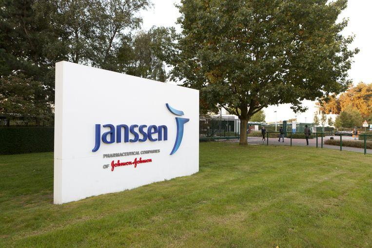De groep Janssen Pharmaceutica betaalt in ons land nog geen 3 procent belasting. Toch zou ze via Ierland miljarden versluizen naar een postbus op Bermuda.