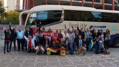Dat zijn pas supporters:  Antwerp-fans in Benidorm leggen bus in om naar vriendenmatch te gaan kijken