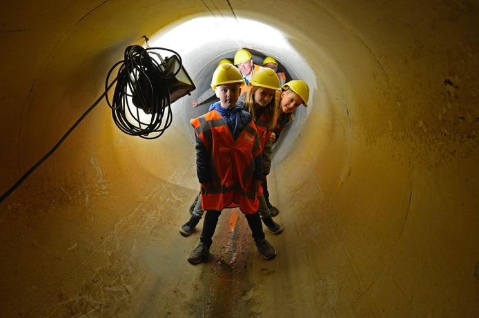 In totaal 200 nieuwsgierigen namen een kijkje in het rioolstelsel.