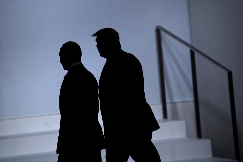 Masha Gessen heeft ervaring met twee autocratische regimes, dat van Vladimir Poetin en dat van Donald Trump. Beeld AFP