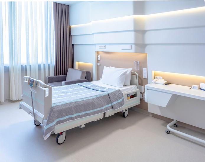 Les suppléments d'honoraires facturés en chambre individuelle ont augmenté de 3,5% en moyenne au-dessus de l'index en 2017, dénonçait la mutualité chrétienne dans son dernier baromètre hospitalier.