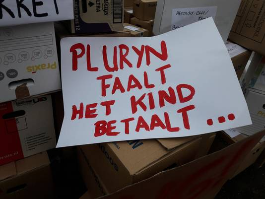 Protest bij Pluryn.