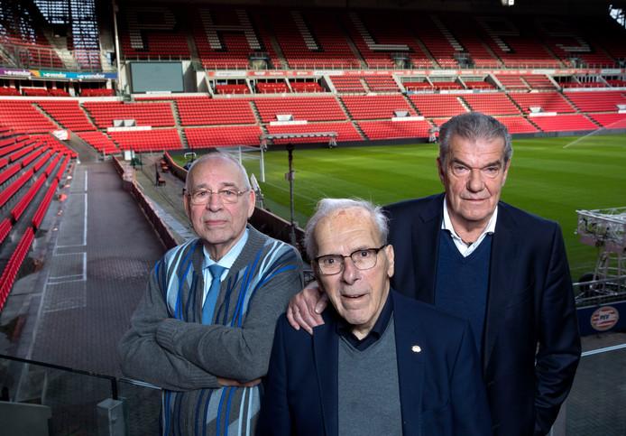 De oude PSV-directie met van links naar rechts Jacques Ruts, Harry van Raaij en Kees Ploegsma.