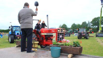 Hoevefeesten starten met tractorwijding