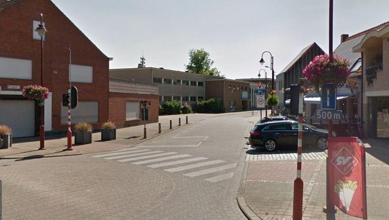 N-VA denkt onder meer aan een autoluwe of autovrije schoolstraat in de Abdijstraat, waar basisschool 't Grafiekje gelegen is.
