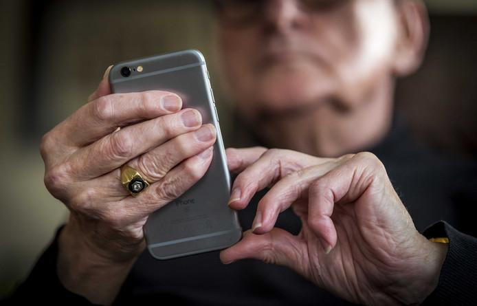 Ook ouderen kunnen steeds beter online naar informatie zoeken.