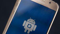 Smartphone die draait op Android?  Opgepast, want al na anderhalf jaar (na release) is die niet meer veilig