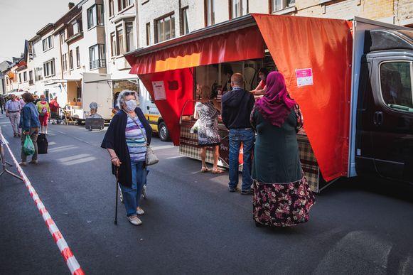 De markt in Gentbrugge vanmorgen, de eerste in het post-lockdown-tijdperk
