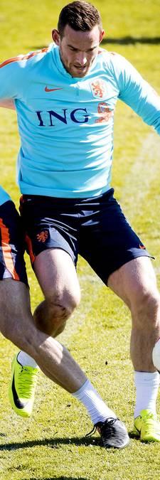 Oranje traint zonder grieperige Janssen
