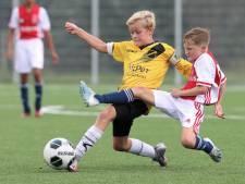 Nieuwsoverzicht | RIVM: regionale maatregelen nodig als aantal besmettingen blijft stijgen - Ouders tasten diep in buidel voor topsportkind