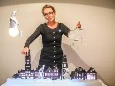 """Jeugdauteur start eigen poppentheater: """"Als kind was ik al dol op poppen"""""""