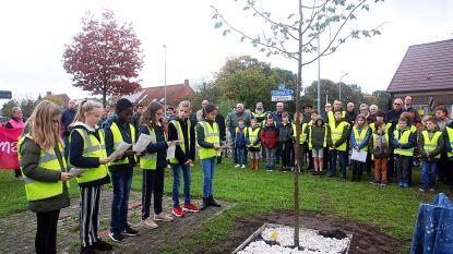 Leerlingen basisscholen geven startschot voor herdenking 75 jaar bevrijding van Merksplas