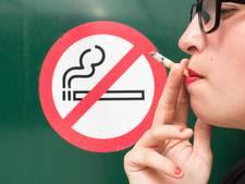 KWF klaagt tabaksindustrie aan
