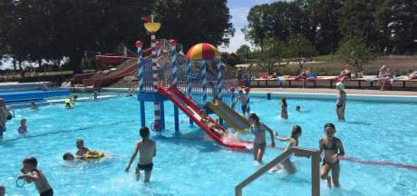 Zwembad Ootmarsum met 300 bezoekers 'uitverkocht'